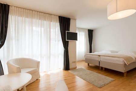 Frankfurt City-South (Apartment 4) - แฟรงก์เฟิร์ต - อพาร์ทเมนท์