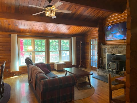 Quiet Log Cabin with private river access