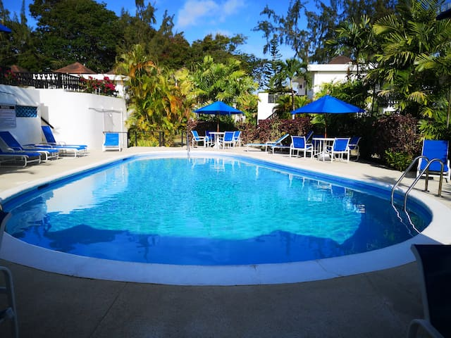 2 BEDROOM APT - CLUB ROCKLEY - GOVT LEVY INCLUDED!