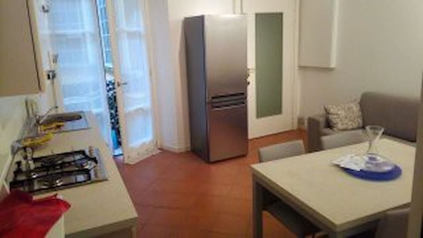 Central Piazza Pontida - 2 bedrooms - balcony