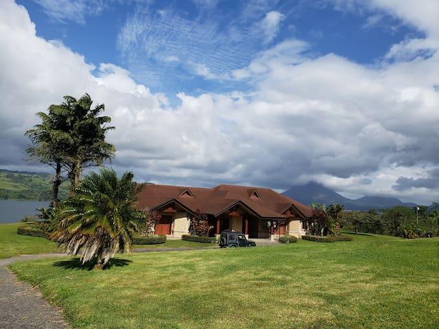 Casa Shamrock, a horse lover's dream (Home #1)