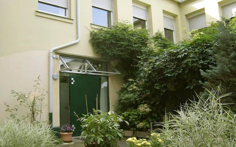 Kleines Studio, ideal für Messe/Altstadt/Bahnhof