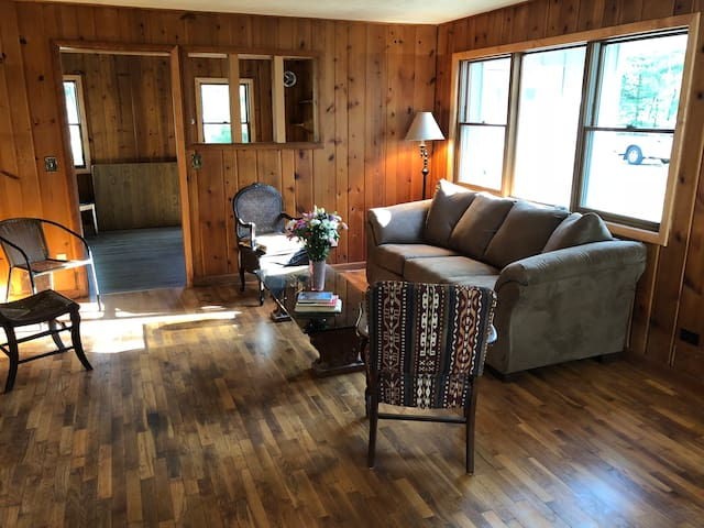 Interlochen, MI-3 BR House, Sleeps 12