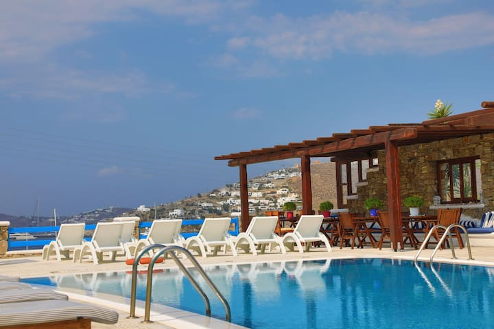 Maganos Ennea: Breakfast, Shared pool, Near beach
