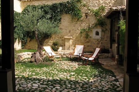Casa rural a 1h de Madrid para descansar - Romanones - Talo