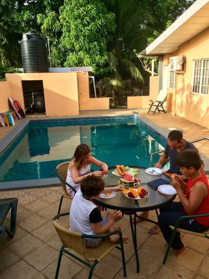 3 Bedrooms, 3Bathrooms, Private Pool, Large Garden