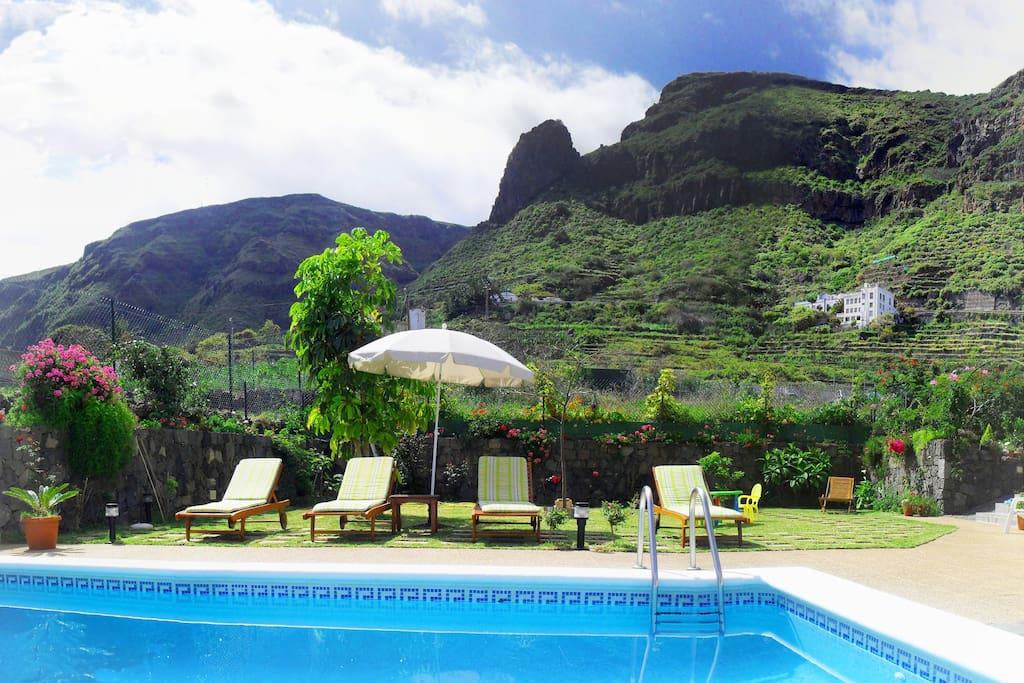 Holiday home el mar con piscina y jardin privado for Camping el jardin san juan