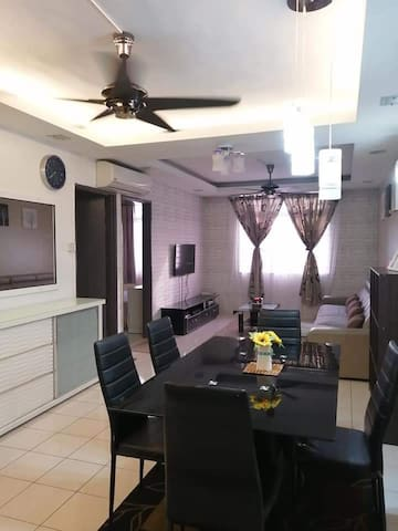 Putatan Platinum Apartment with a view and comfort