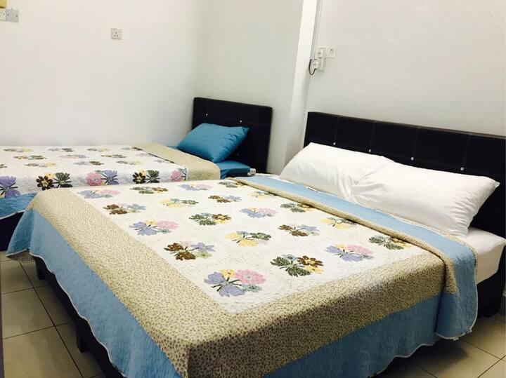 Sharon's Homestay Room 4