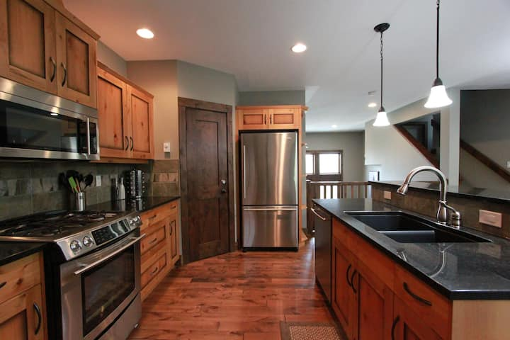 Gorgeous Home with Hot Tub | Cleaning Protocols