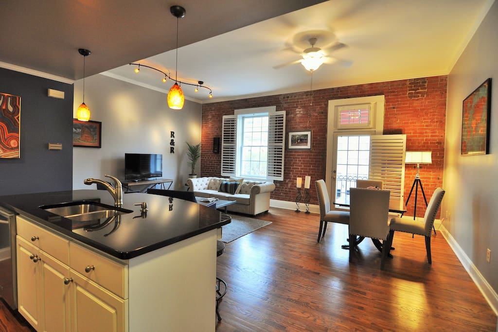 Granite counters, stainless steel appliances and clean, current furnishings
