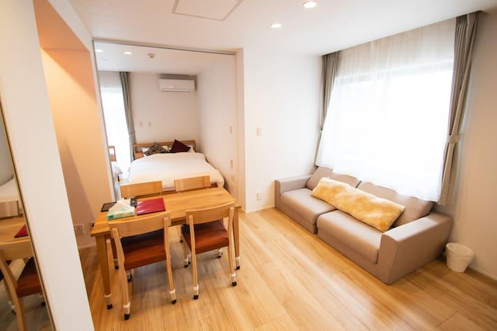 NEW!  Good access to TENJIN and HAKATA Room402
