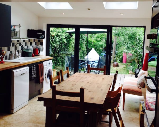 Riverside family home 10 minutes from city centre - Oxford - Ház