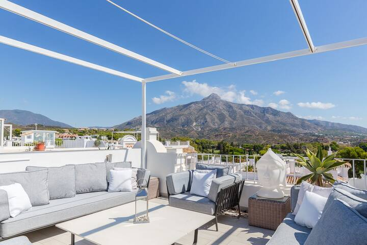 Penthouse with amazing views of the golf valley