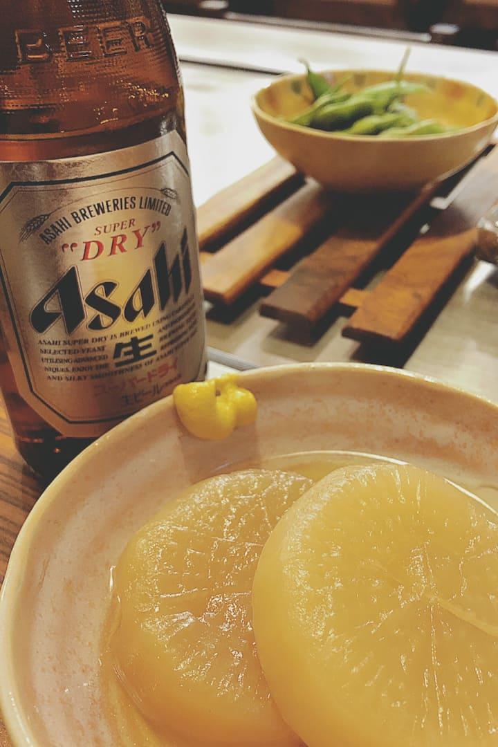 "Bar food- ""oden"" (radish) & edamame"
