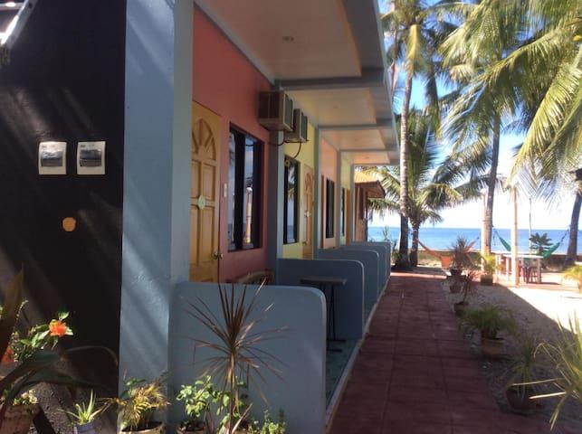 Castroverde's Room Rental, Oslob, Cebu