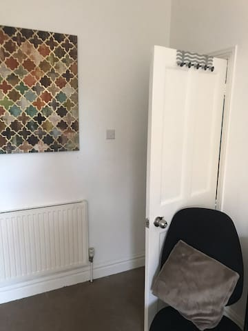 Double Bedroom 2 with now tv!