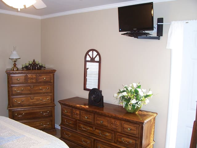 Bedroom Furniture and TV with Roku and Prime Video channels