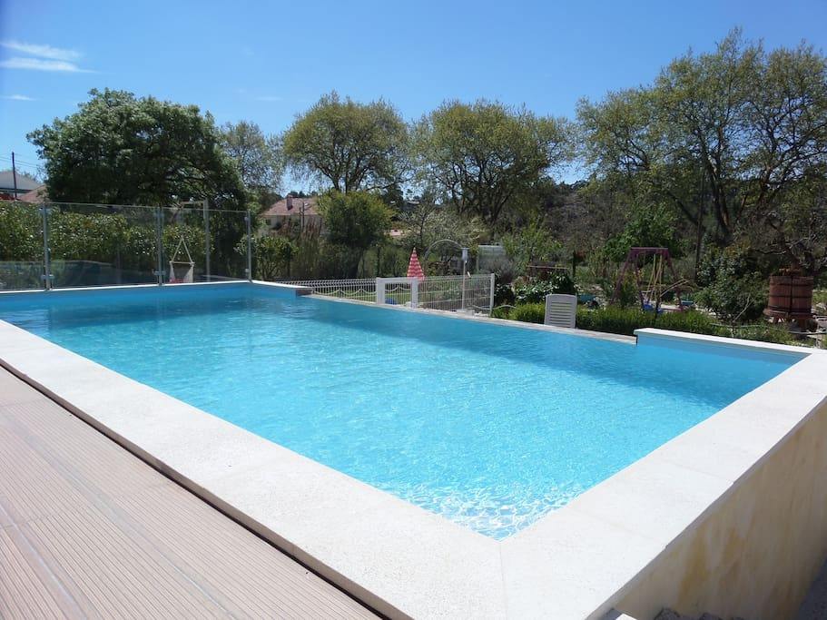 The exterior swimming pool