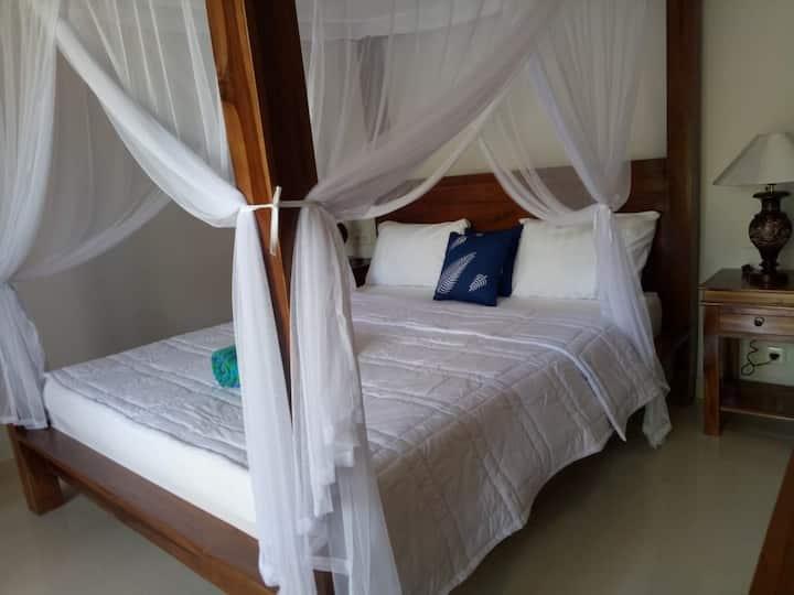 Private room w/AC -accomodation in  Ubud Bali 4