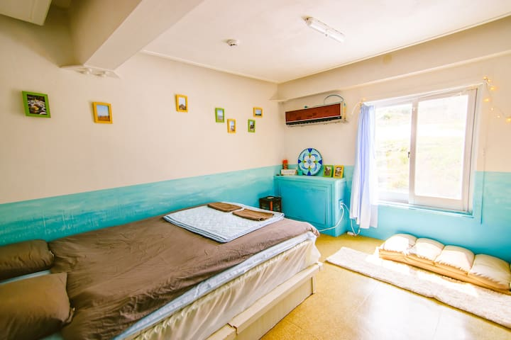 Private double room - in Redo Backpackers