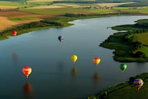 1 hour by car: Book a hot air Balloon ride and fly right over the Yarra Rangers! See the Victorian Landscape from the sky!