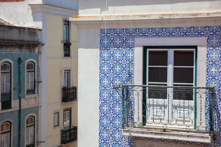 Alfama Typical Apartment + Free Pickup