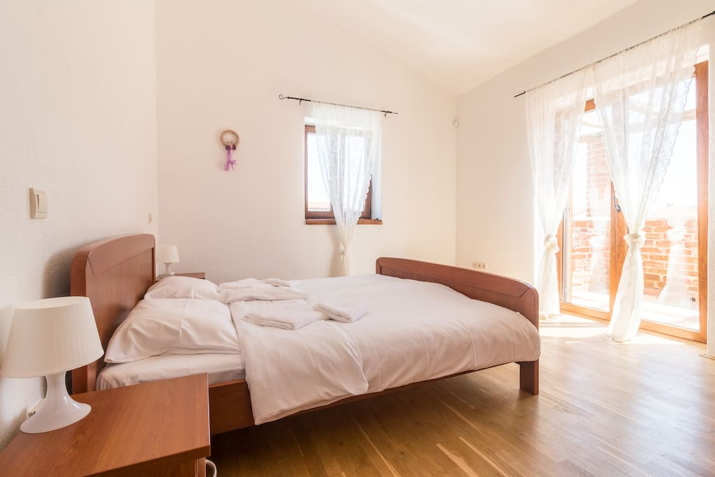 Family Villa Berenice with Pool, Children park, Grill, Sports and Tennis court