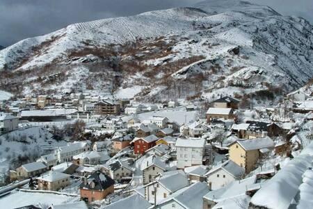 Casa a 10 min. de La pista de Ski de Leitariegos - Caboalles de Abajo - Ház