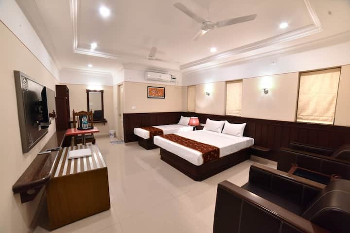 family suite · Premium Triple bedroom near Kanyakumari