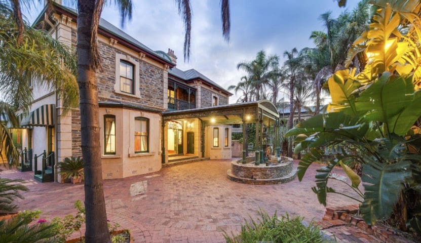 Grand Bluestone Mansion - North Adelaide - House