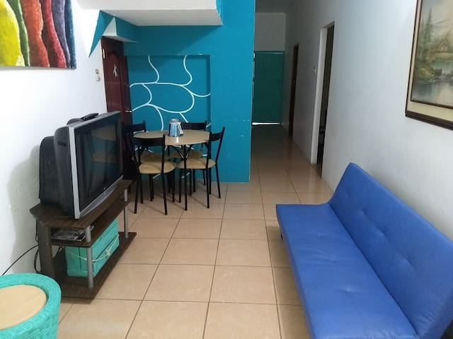 Downtown's apartment, near by Malecon Mall & beach