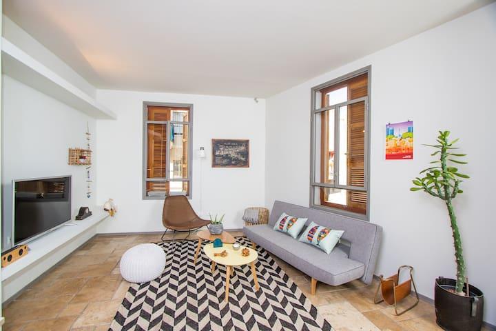 Jaffa TLV Artistic home
