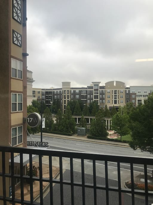 Enjoy a great view right outside....BEAUTIFUL park across the street or do all your shopping with atlantic station next door.