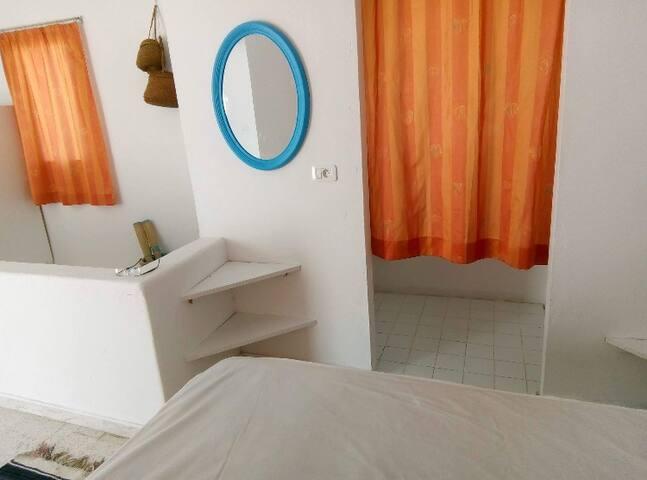 Grande chambre avec deux terrasses