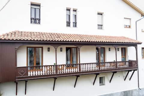 Perlora apartments, bathed by the sea. El Bahía