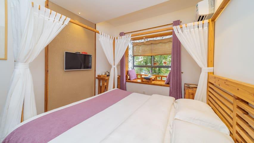 茶香满屋.4房.两双床两大床,武夷山风景区山脚下,花与茶美学空间,房东是人文茶艺技师,中华花艺讲师。