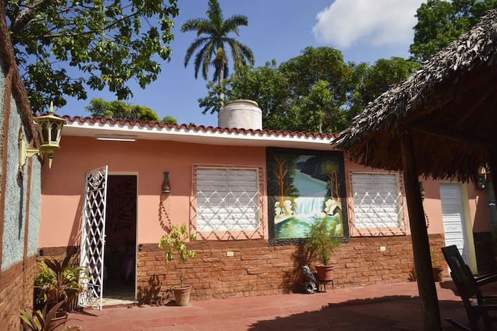 Hostal Pineda. Trinidad's Soul. Room 1.