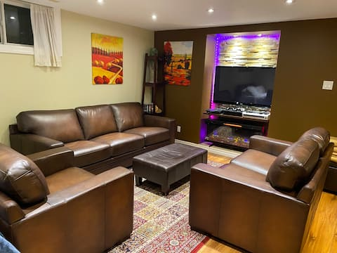 Private basement apartment only. 10 min to airport