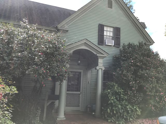 Historic Cottage - Aiken - Casa