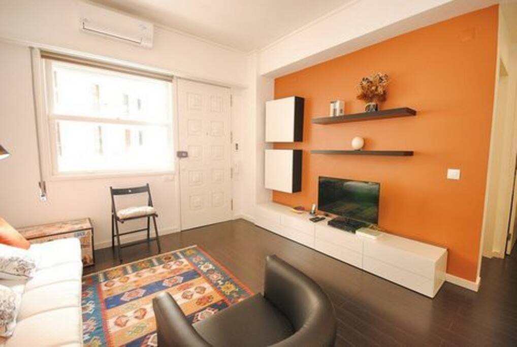 Entrada e sala/ Entrance and living room