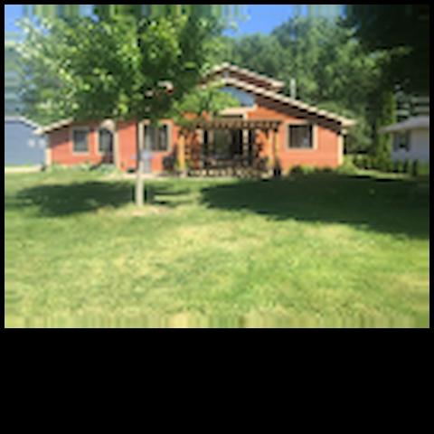 Beautiful & Spacious Lake Home in Oshkosh Area