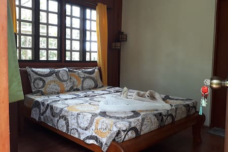 Villa del Carmen Haven Queen Room