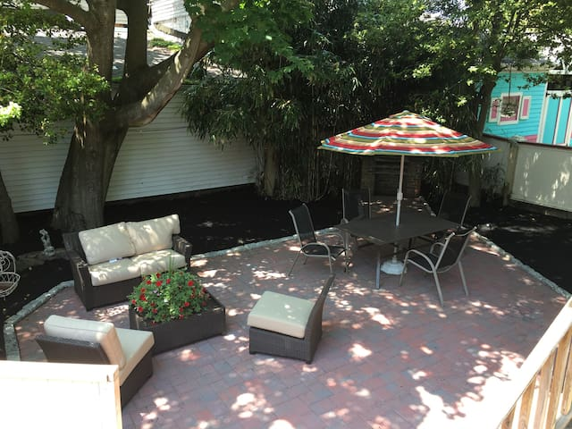 1 Bedroom Suite in Heart of Cape May