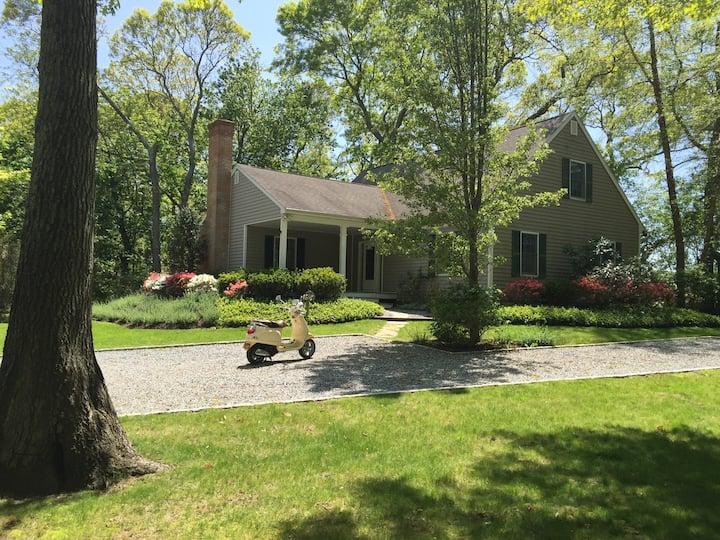 Private BR in Creekside Serene Home