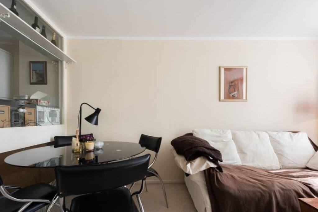 Luminous lounge