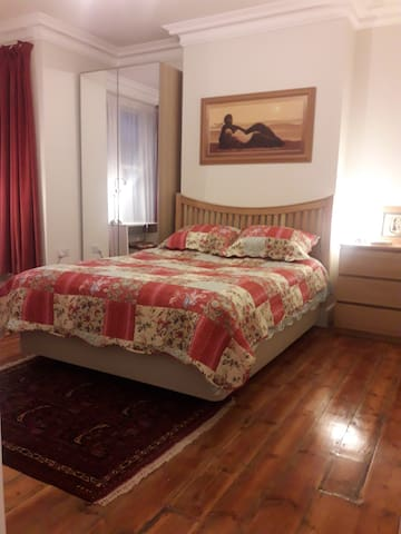 Fabulously comfortable and clean room