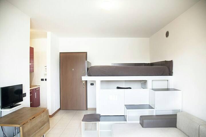 new apartment  all facilities - Milán - Apto. en complejo residencial