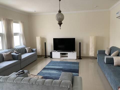 Villa Khalifa - Spacious FF bedroom 1