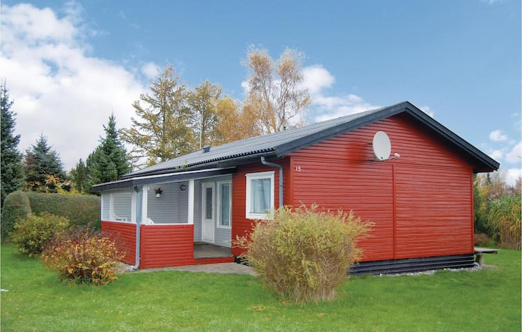 Holiday cottage with 3 bedrooms on 59m² in Stege